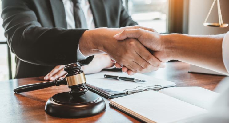 Carrera de abogado: ¡Todo lo que necesitas saber!