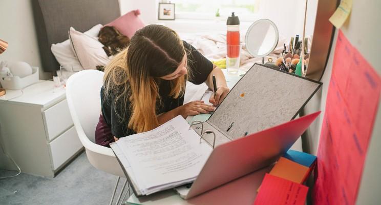 Cómo prepararte para un examen de admisión a la universidad